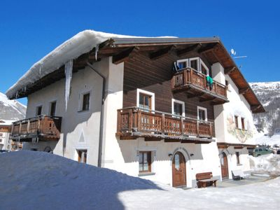 Photo for Apartment Living in Livigno - 4 persons, 1 bedrooms
