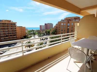 Photo for Outdoor / Indoor Swimming Pool, Parking, Sea View, Downtown, Marina, Wifi