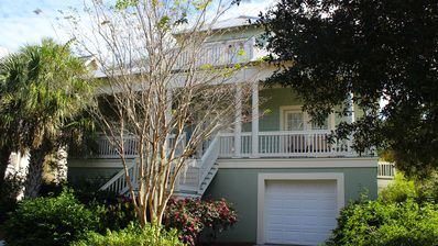 Photo for Fabulous Family Vacation Home! Bikes! Walk to Lake House! Pet Friendly!
