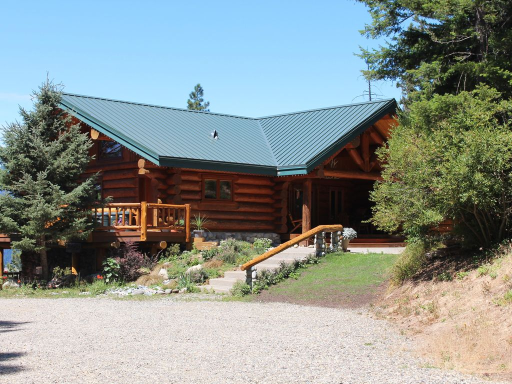 Awesome real log home at lake cle elum se vrbo for Cle elum lake cabins