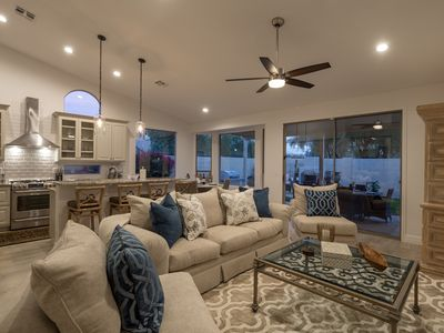 Photo for Spacious and elegant 4 Bedroom 2 Bathroom Home in Kierland with dipping pool - By PADZU