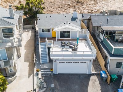 Photo for Cozy home w/ private deck & sweeping ocean views - relax & unwind