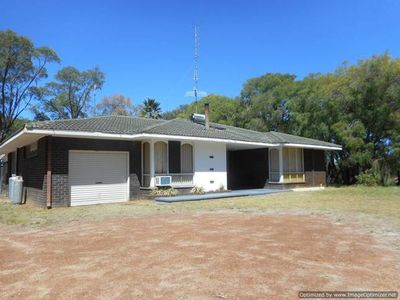 Photo for CAVES ROAD Family Holiday House