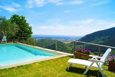 10 metre pool with view over Buti. Nearby large cities and town