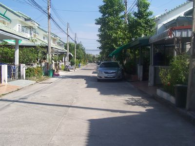 10min. To beach: House Rayong Stadmitte: Park-like holiday complex with large pool