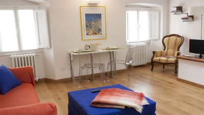 Photo for Lovely apartment in Oltrarno