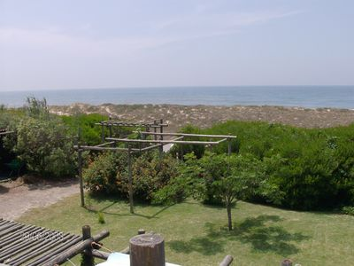 Photo for A quiet and relaxing place! House on the sea front with a superb garden.