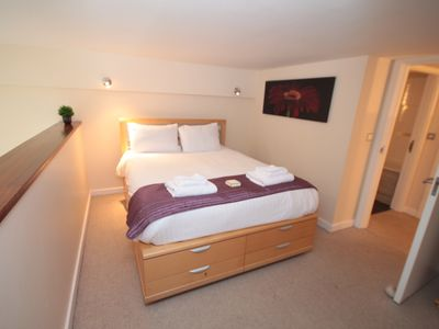 Photo for Week2Week Spacious City Centre Apartment