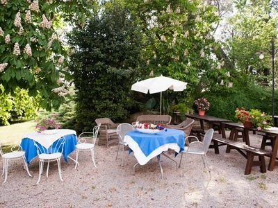 Photo for Nice apartment for 6 guests with A/C, pool, WIFI, TV and parking, close to Cortona