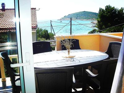 Photo for Two bedroom apartment with terrace and sea view Drvenik Mali, Drvenik (A-16787-b)