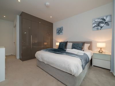 Photo for Deluxe Central London Apartment - Rosemary Suite