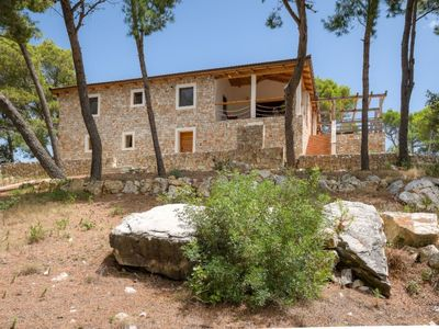 Photo for Beautiful private villa for 8 people with WIFI, TV, balcony, pets allowed and parking