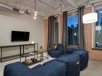 Photo for Downtown Luxury Condo - Pool+Gym+FREE Valet Parking!