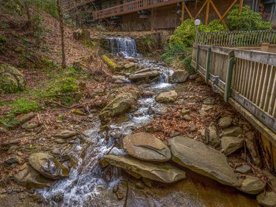 GREAT DEAL-Gatlinburg Condo Rental 1 Mile from Dowtown/Ober-Honeymoon- Outdoor Pool Access
