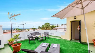 Photo for Three-storey holiday villa for 8 people in Benalmádena