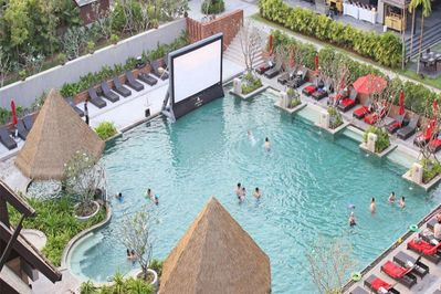 Dive in movie theater