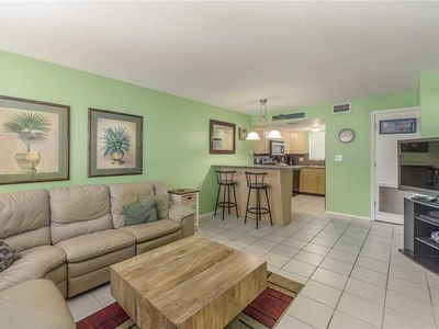 Best Value, 2nd Floor Near Pool - Great for Family on A Budget - Free WiFi - Surf Song