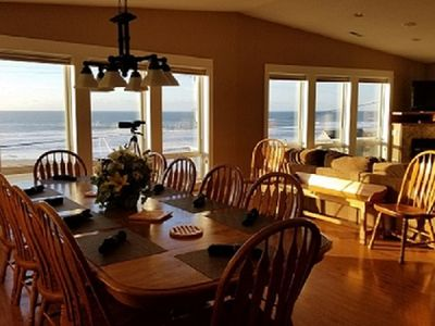 Sunrays Great Room includes the Dining/Living /Kitchen all in one GREAT place!!