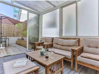 Photo for Cozy 1 bedroom apartment - A/C - terrace downtown
