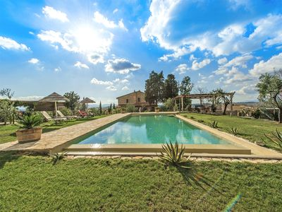 Photo for Villa Iano - Luxury villa with swimming pool and fitness room near Montaione