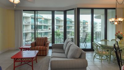 Photo for LAZY RIVER! Two Bedroom at Phoenix on the Bay! Boat Friendly!!!