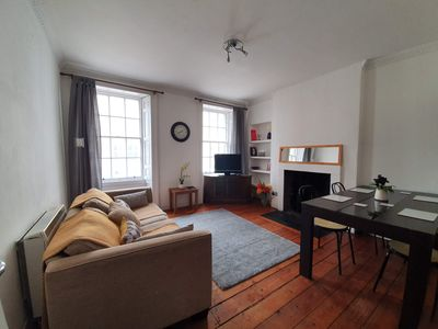 Photo for Lovely 2 bedroom flat in the heart of the city