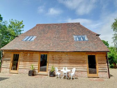 Photo for Fantastic cottage with swimming pool, fireplace and authentic wooden beams.