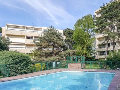 Photo for Cosy apartment for 2 guests with pool, WIFI, TV, balcony and parking