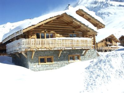 Photo for 8BR Chalet Vacation Rental in Huez, Auvergne-Rhône-Alpes
