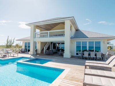 Beachfront Villa with Pool with Incredible Sandy Beach