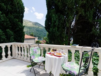 Photo for Apartments Villa Rosa - Dubrovnik/Zaton 15 minutes from Old Town