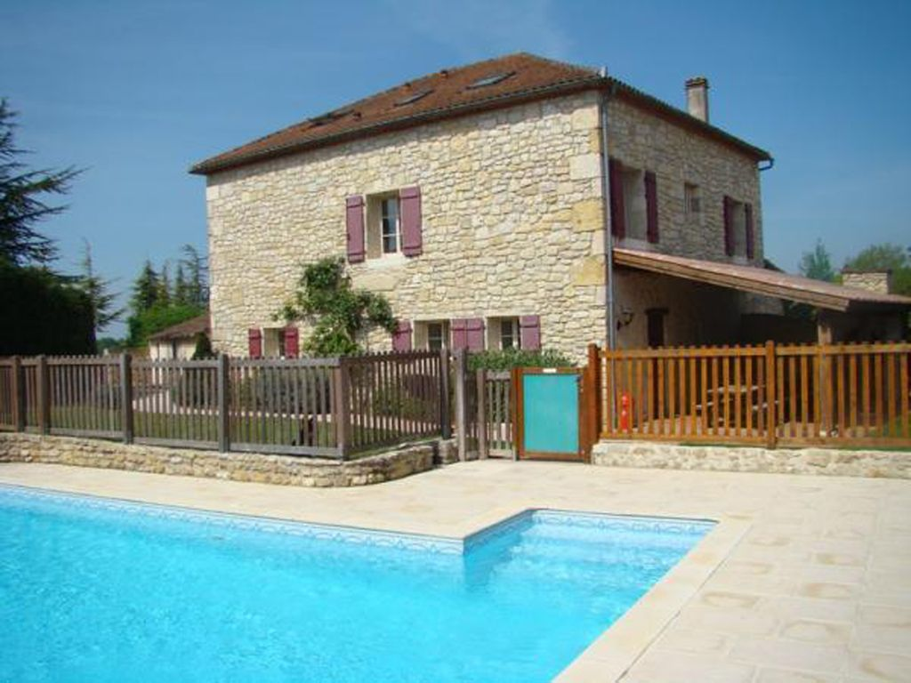 House With Private Swimming Pool, In The Heart Of South West