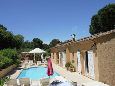 Photo for Detached villa with air conditioning and private pool 10 km from the Mediterranean Sea