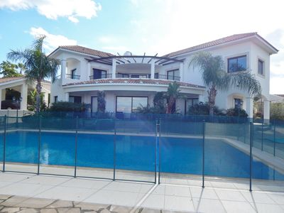 Photo for Stunning 4 bed villa stunning views and large pool