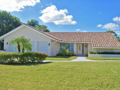 Photo for Feel Tranquil & Relaxed in this Lovely Golf Course Front Home In The Heart of Bonita Springs