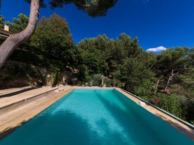 Photo for Paradise in the heart of Provence