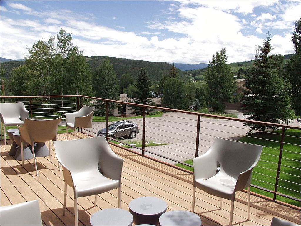 Beautiful Mountain Contemporary Home -  Designer touches  (203174-1422)