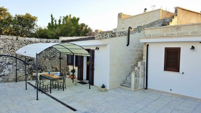 Photo for Historical Residence San Giovanni, vaulted rooms and stone in Salento Greece