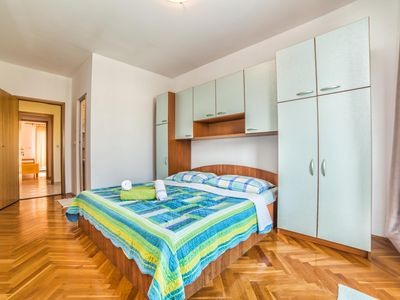Photo for Apartments Davor / Four Bedroom Elena
