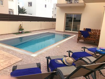 Photo for Bambos Villa, 3 bed, 3 ensuites, roof terrace, overflow pool, wifi and BBQ