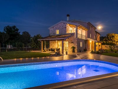 Photo for Luxury Villa Lemaliante with Pool, Sauna and Whirlpool