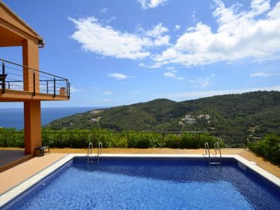Photo for 5 bedroom Villa, sleeps 8 in Begur with Pool, Air Con and WiFi