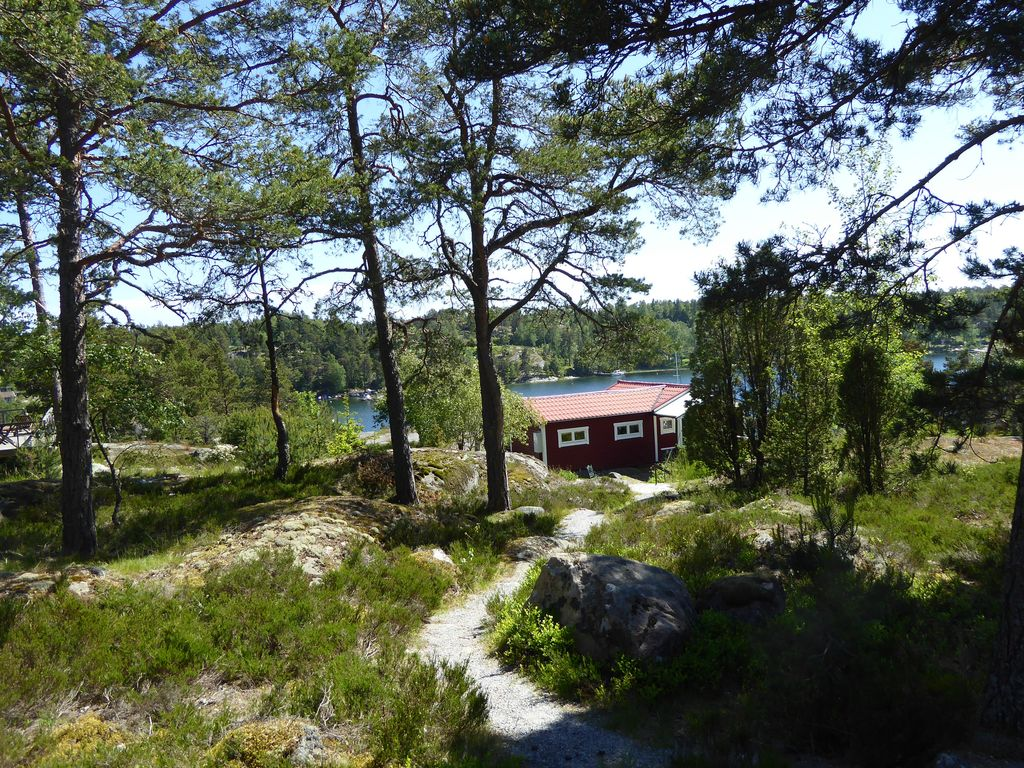 Cottage with stunning sea views in Stockholm archipelago Photo 1