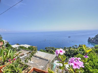 Photo for 4 bedroom Villa, sleeps 8 in Positano with Air Con and WiFi