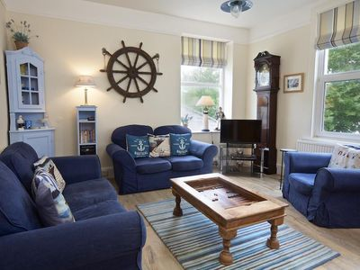 Photo for 67A FORE STREET, pet friendly in Salcombe, Ref 995121