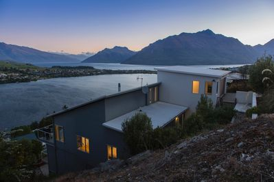 spectacular location on Queenstown Hill