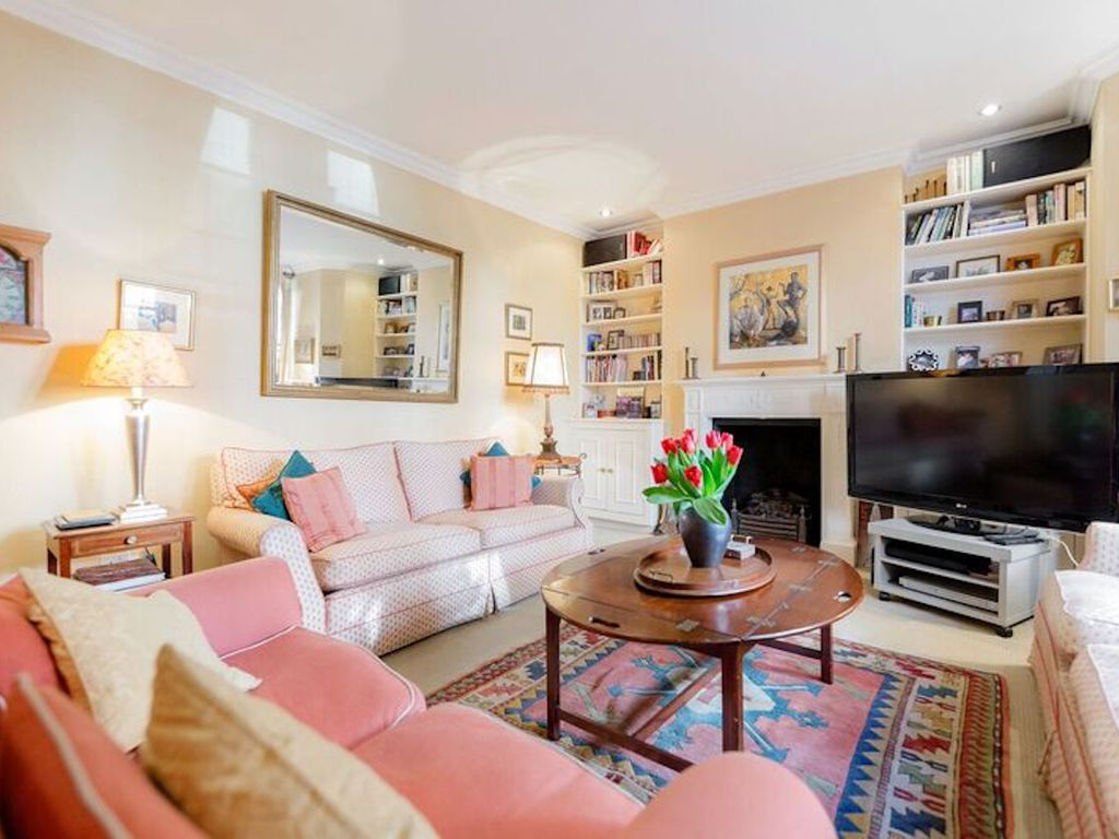 Be In The Heart Of London At This Gorgeous Garden Flat By Battersea Park