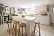 London Home 728, Rent Your Dream Holiday Home in One of London's most Prestigious Areas - Studio Villa, Sleeps 8