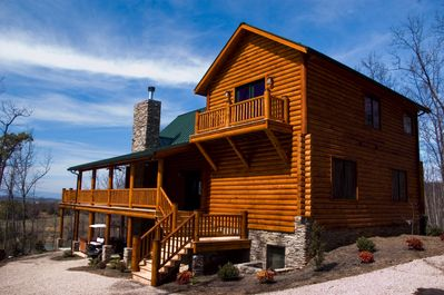 L-shaped deck and master suite deck