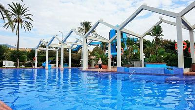Photo for Great apartment on the beach in a complex with swimming pools